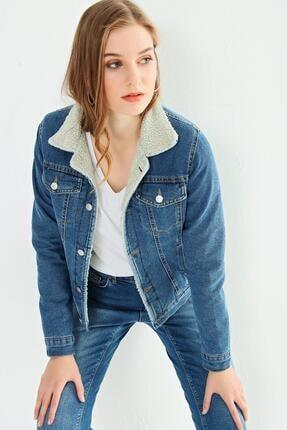 CHUBA Kadın Beyaz Kürklü Mavi Kot Ceket 21w222