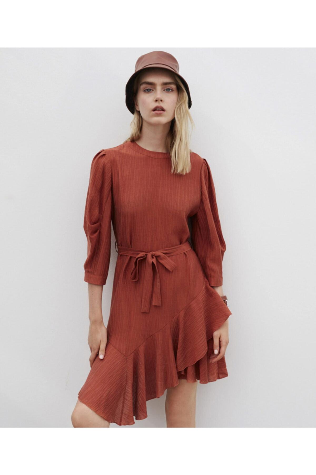 İpekyol Fırfır Şeritli Kuşaklı Elbise 2