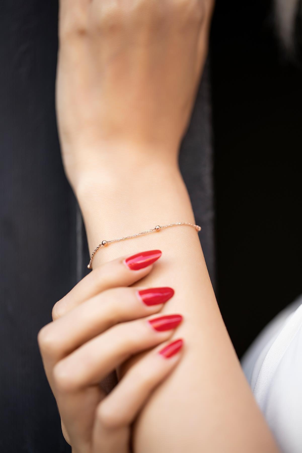 İzla Design Kadın Top Model Rose Kaplama Gümüş Zincir Bileklik İZLASLVR00318 1