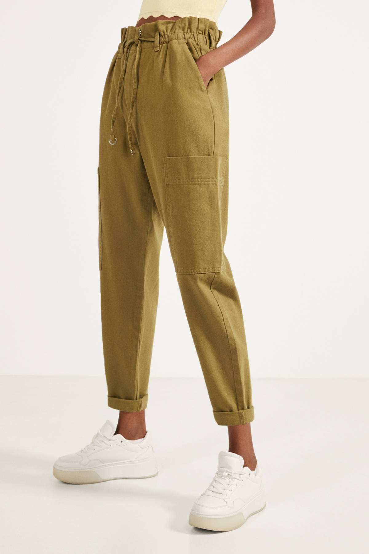 Bershka Kadın Yeşil Paperbag Pantolon 1