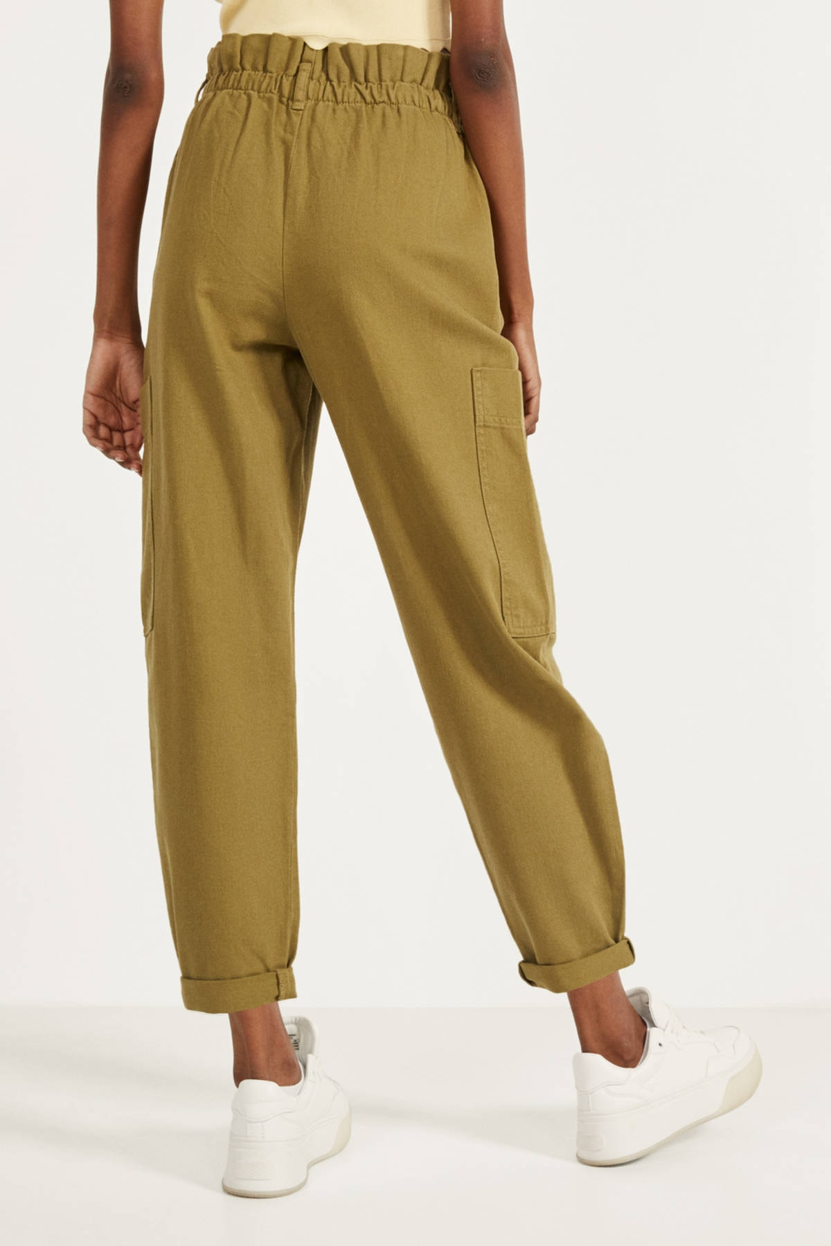 Bershka Kadın Yeşil Paperbag Pantolon 2