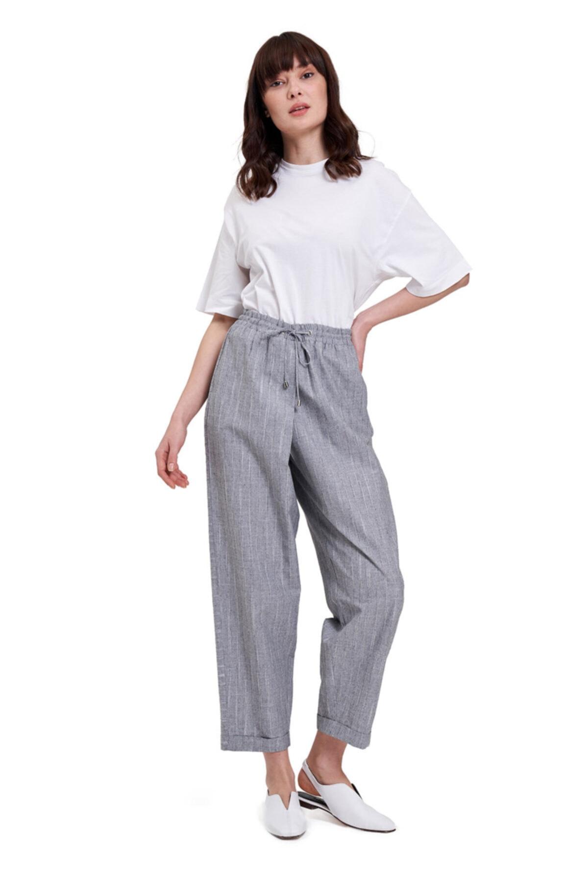 Mizalle Mızalle Çizgili Parça Detaylı Pantolon Gri 1