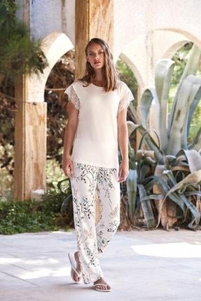 Penyemood Kadın Beyaz Pijama Takımı  8737