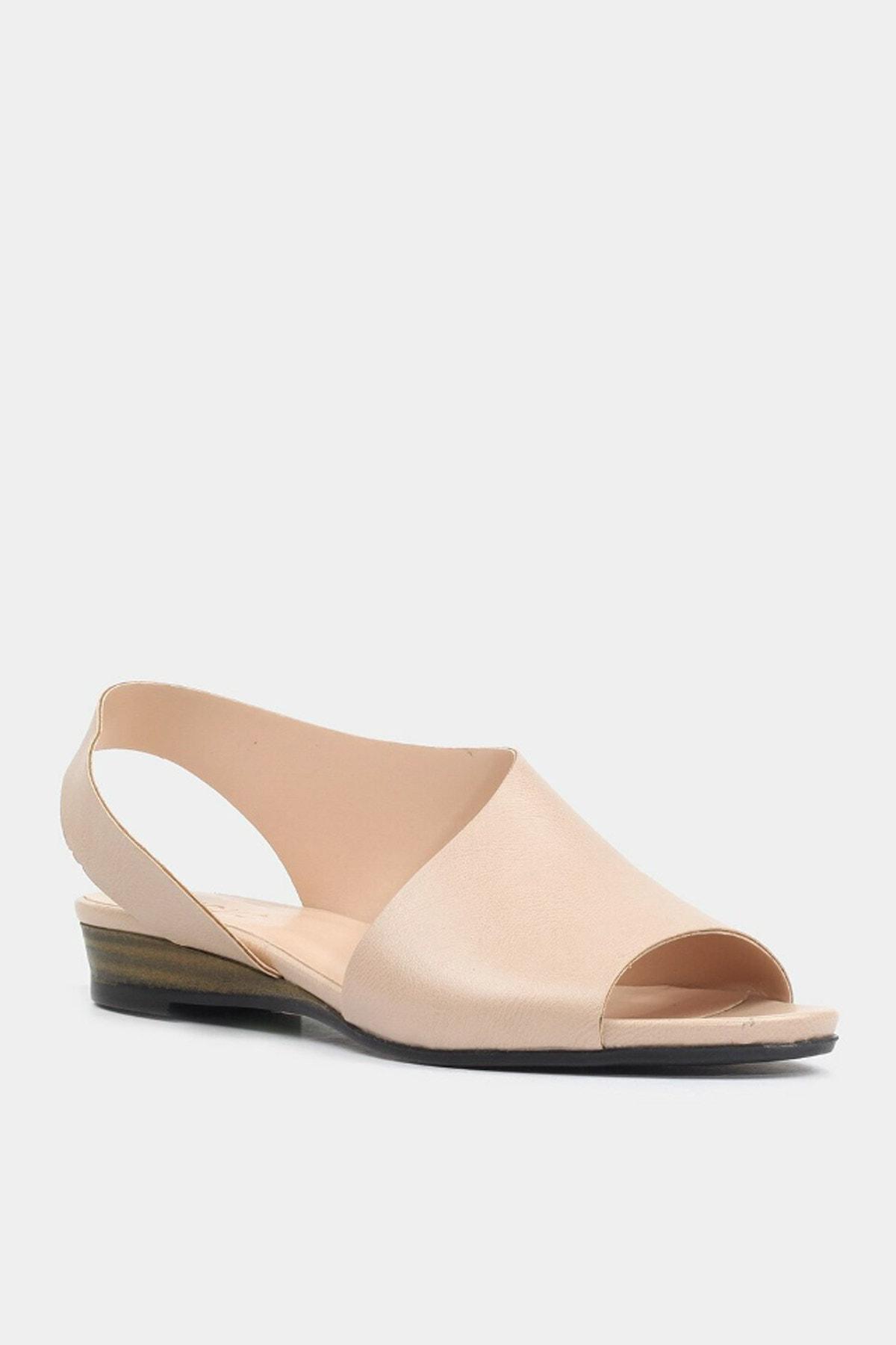 Hotiç Kemik Kadın Düz Sandalet 2