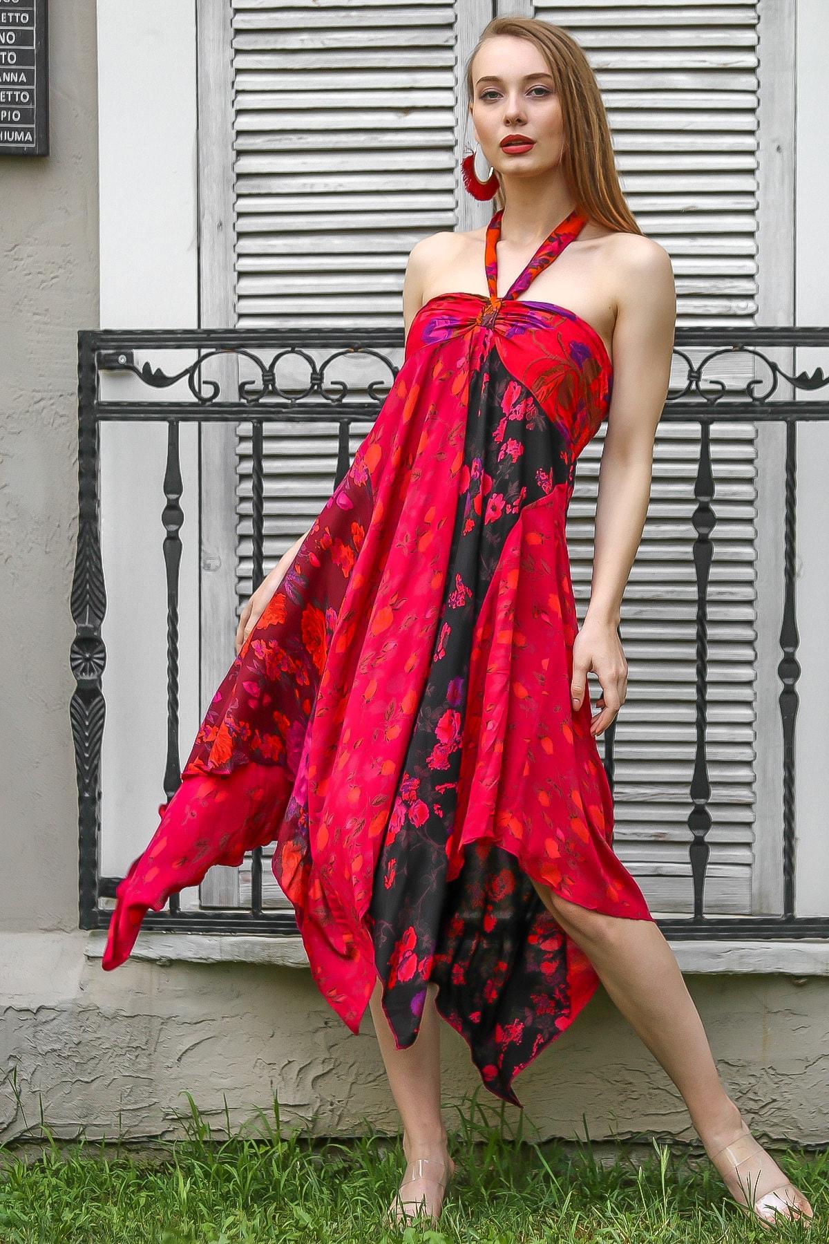 Chiccy Kadın Kırmızı Bohem Straplez Boyundan Bağlamalı Patch Work Çiçekli Asimetrik Elbise M10160000EL96642