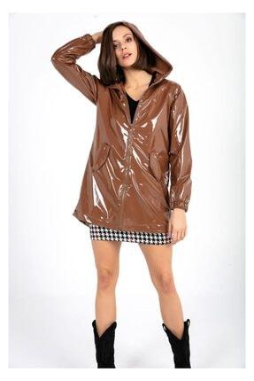 Tiffany Kadın Taba Kapşonlu Rugan Yağmurluk A0270