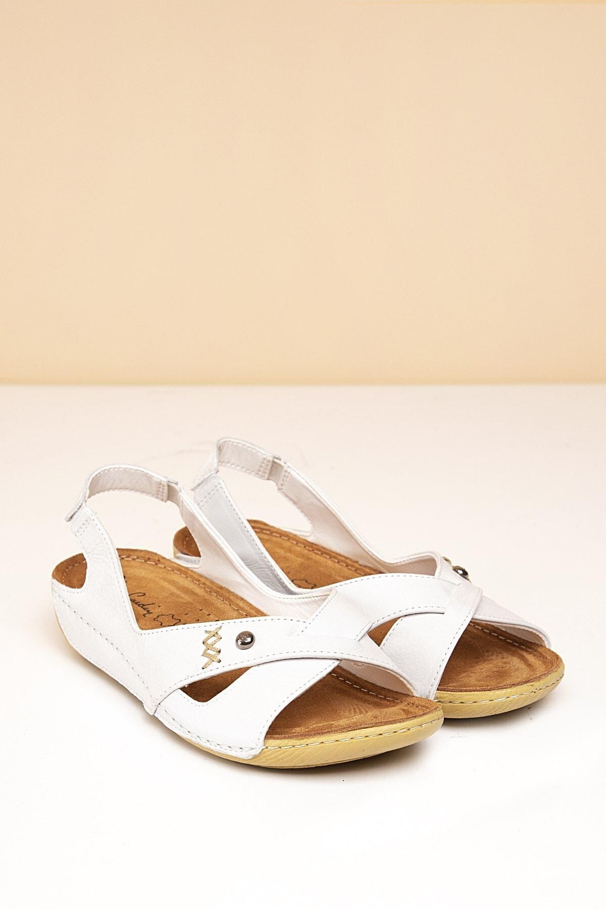 Pierre Cardin PC-1188 Beyaz Kadın Sandalet 1