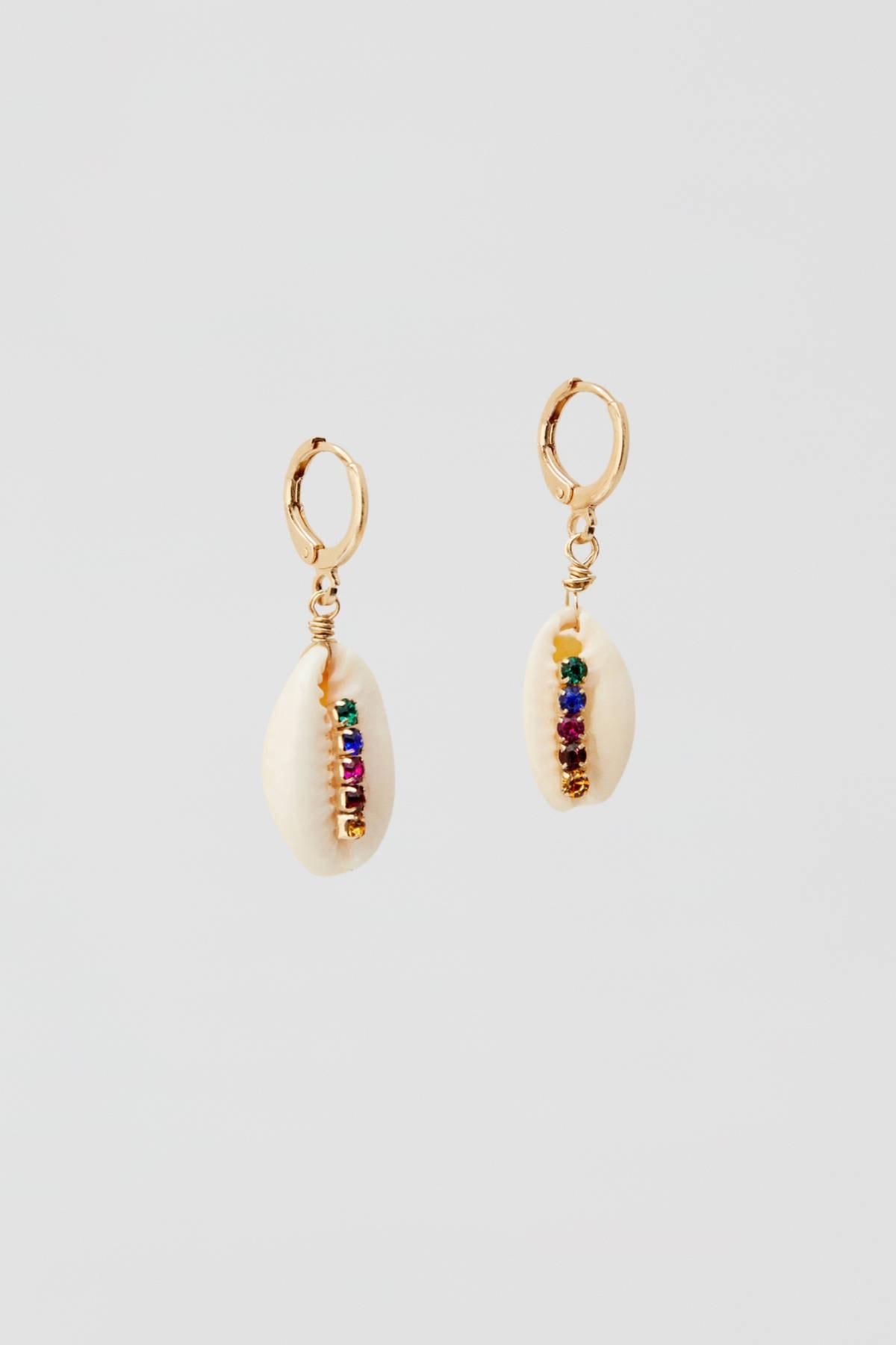 Pull & Bear Kadın Altın Rengi Çok Renkli Parlak Taşlı Deniz Kabuğu Küpe 09996315 1