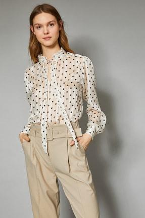 Koton Parlak Puantiye Desenli Fular Detayli Bluz