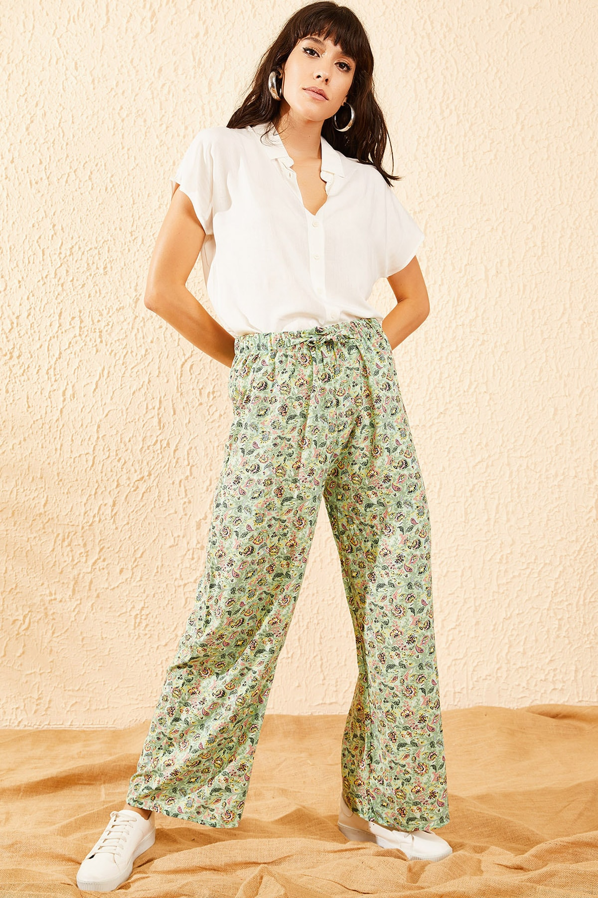 Bianco Lucci Kadın Mint Yeşili Çiçek Desenli Beli Lastikli Bol Paça Pantolon 10081051 1