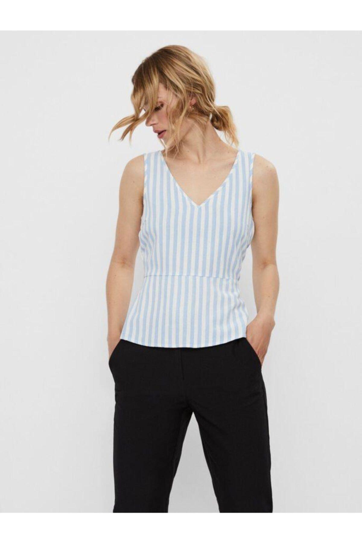 Vero Moda Kadın Mavi Düğme Detaylı Çizgili Keten Karışımlı Kolsuz Bluz 10226439 VMHELENMILO 1