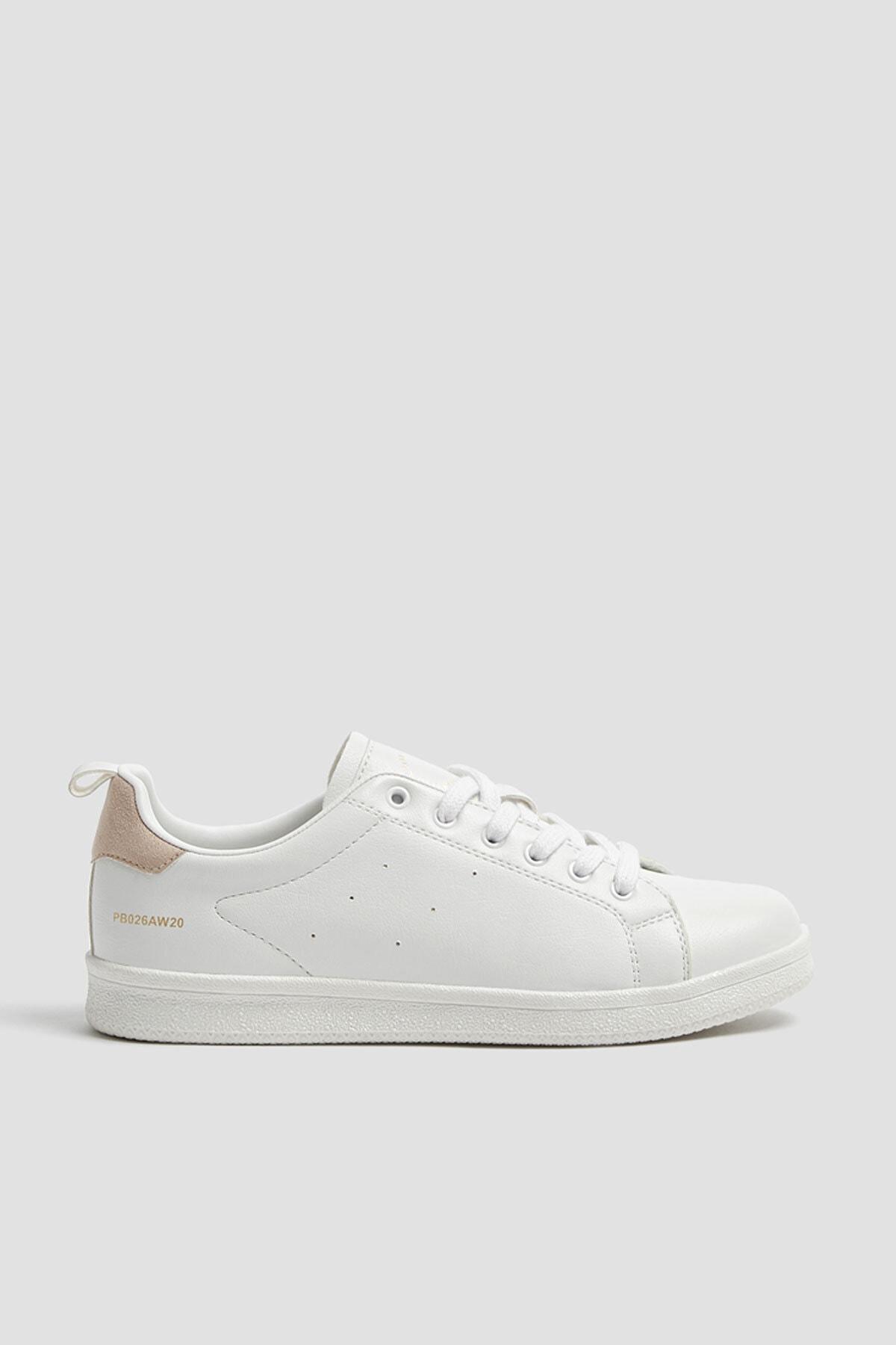 Pull & Bear Kadın Beyaz Çekme Kayış Detaylı Basic Spor Ayakkabı 11201640