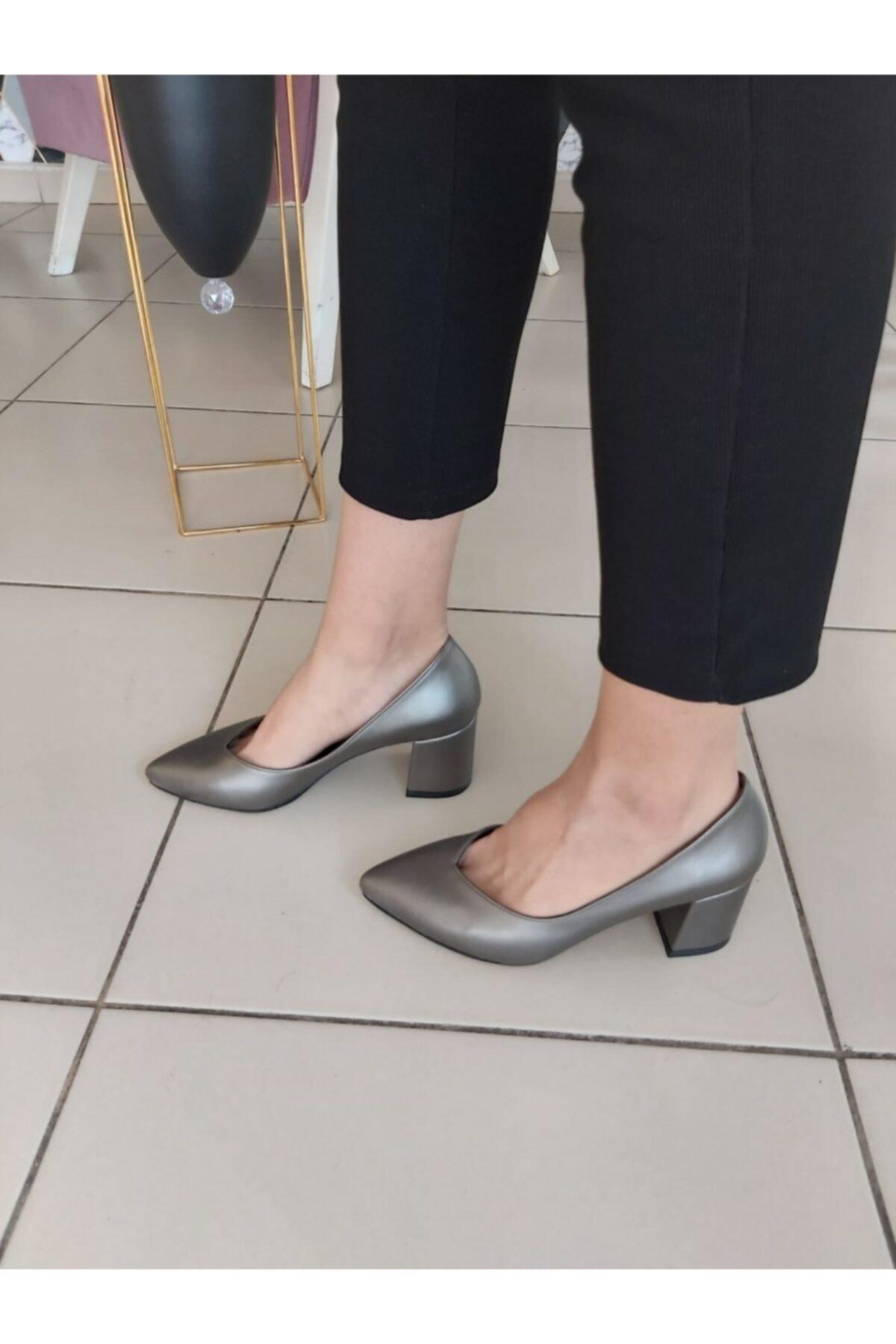 TUGBANIN AYAKKABILARI Kadın  Gri Topuklu Ayakkabı 1