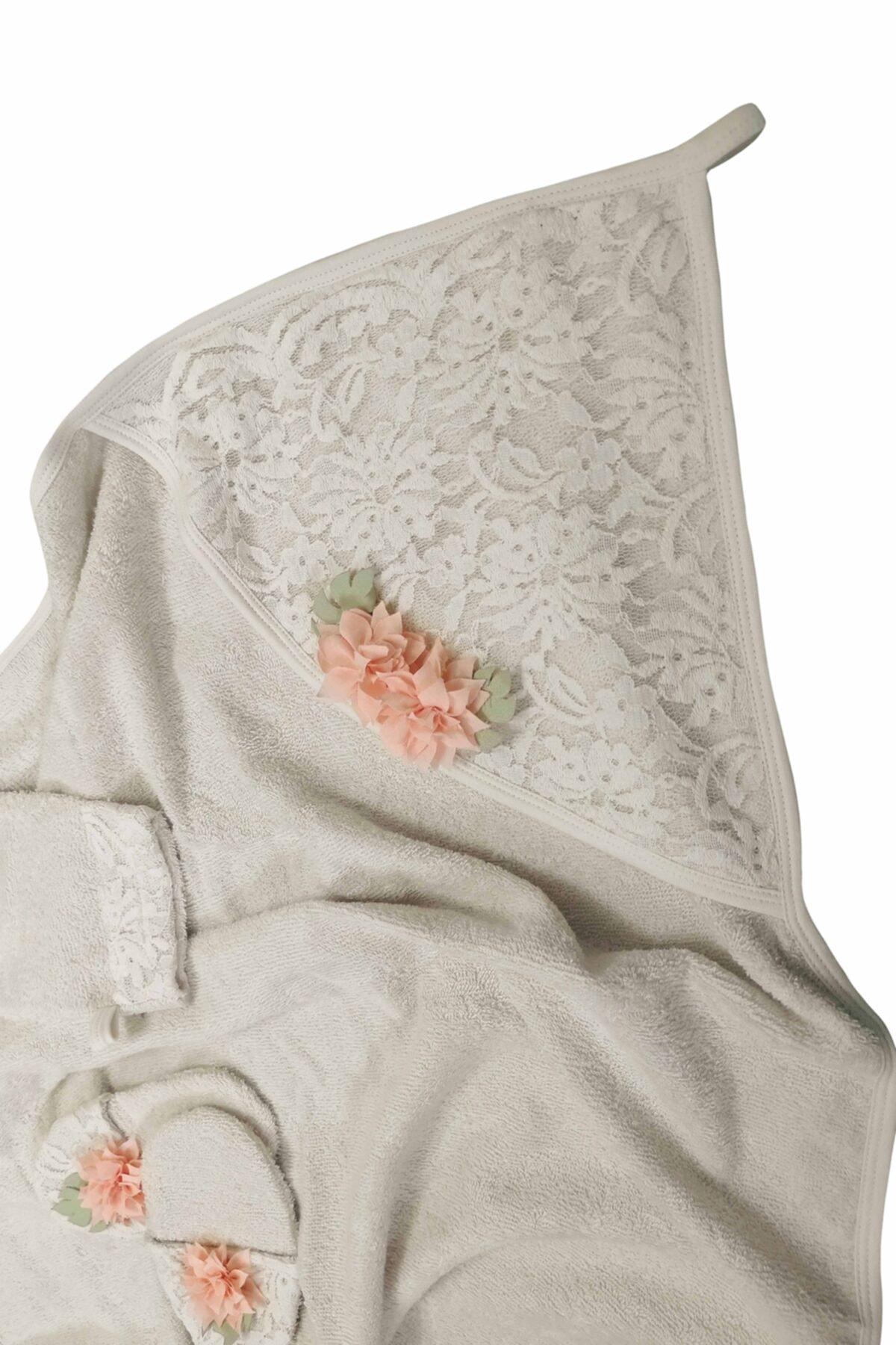 Bebbemini Somon Çiçek Detaylı Güpürlü 4lü Kız Bebek Bornoz Seti 2