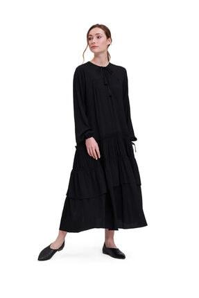 Mizalle Kolları Büzgülü Kat Detaylı Elbise siyah