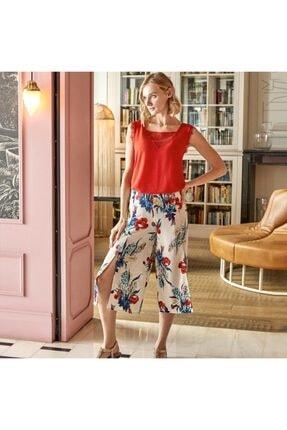Anıl Kadın Kırmızı Beyaz Dantel Detaylı Kolsuz Tişört Yırtmaçlı Pijama Takımı 9569