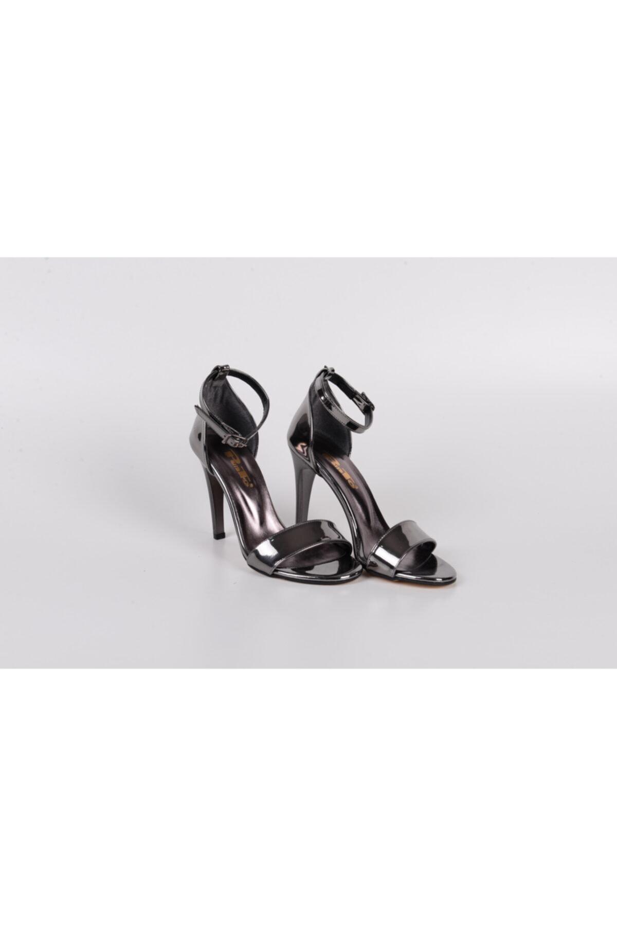PUNTO Kadın Gümüş Tek Bant Topuklu Ayakkabı 1