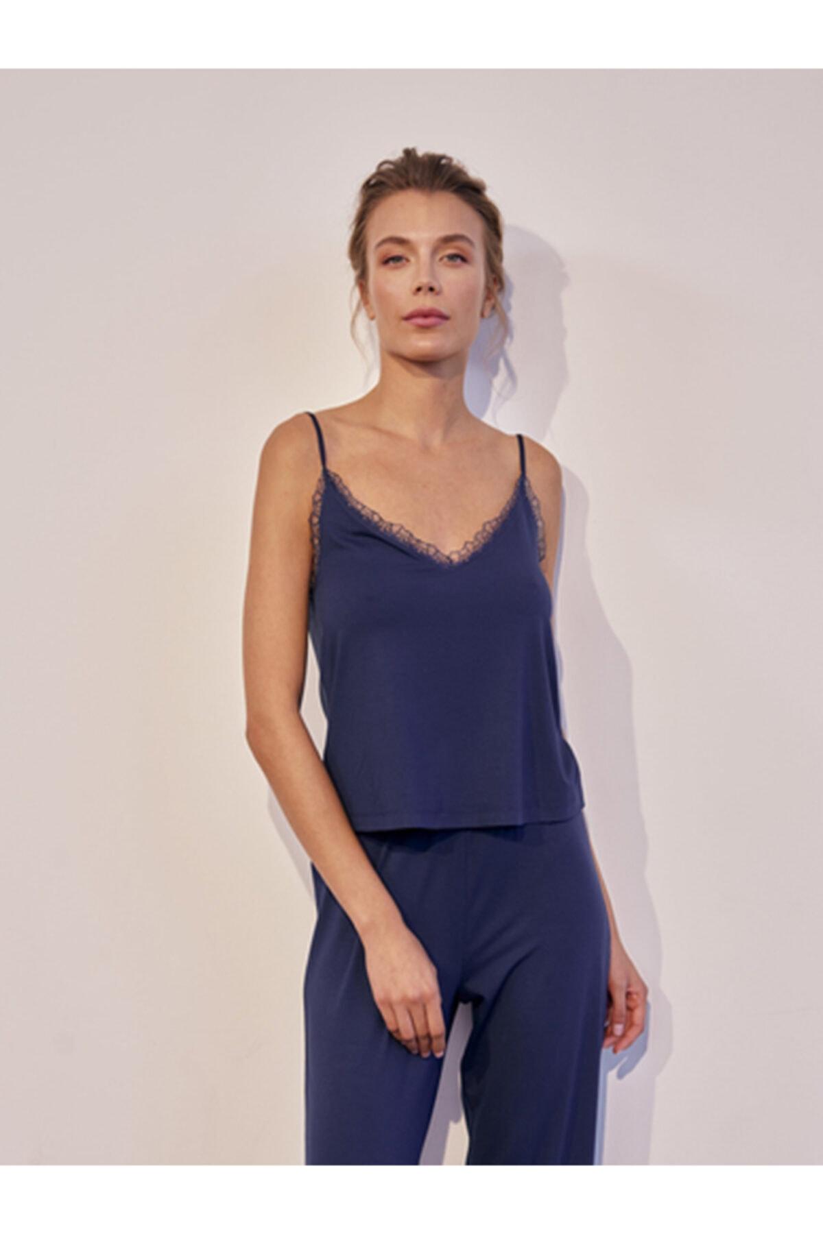 House of Silk Sılvıa Yumuşak Viskon Pijama Takımı Gece Mavisi 1