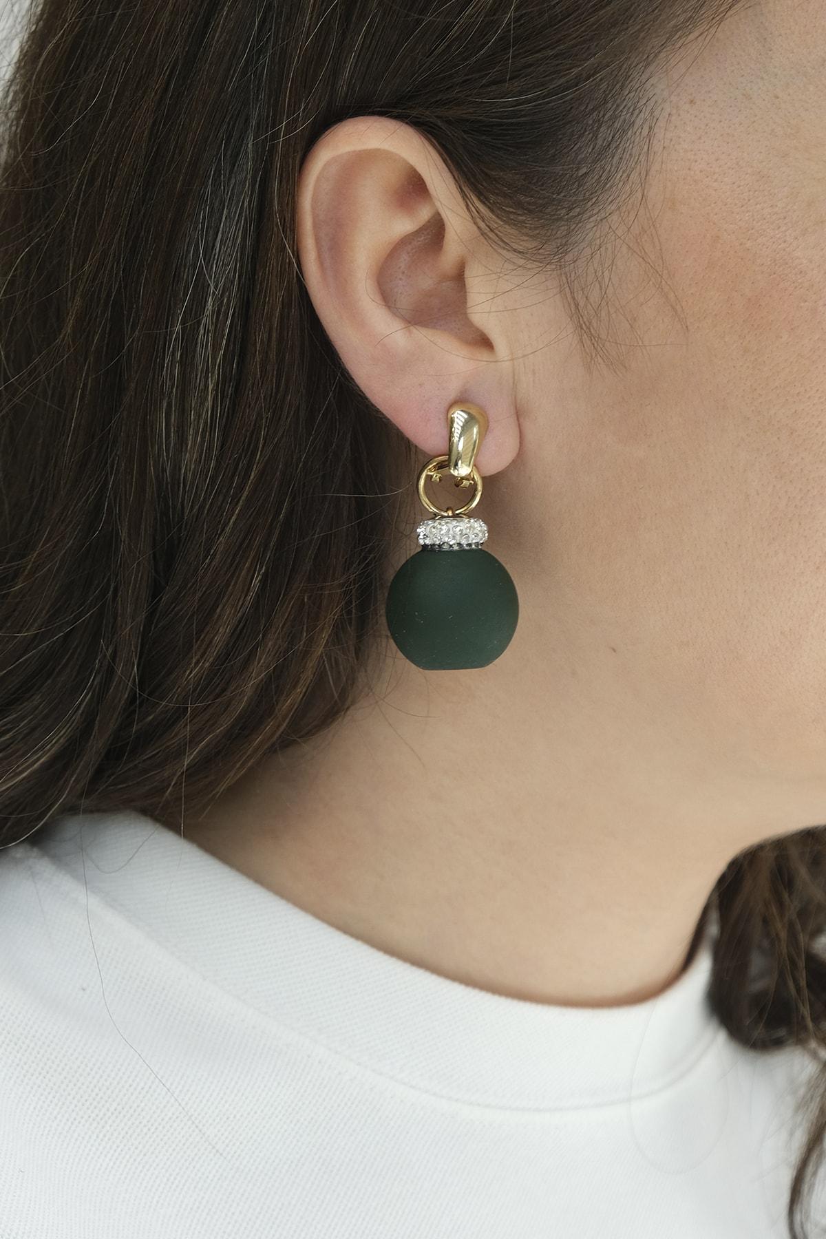 Marjin Kadın Yeşil İri Toplu Taşlı Altın Renkli Küpe 1
