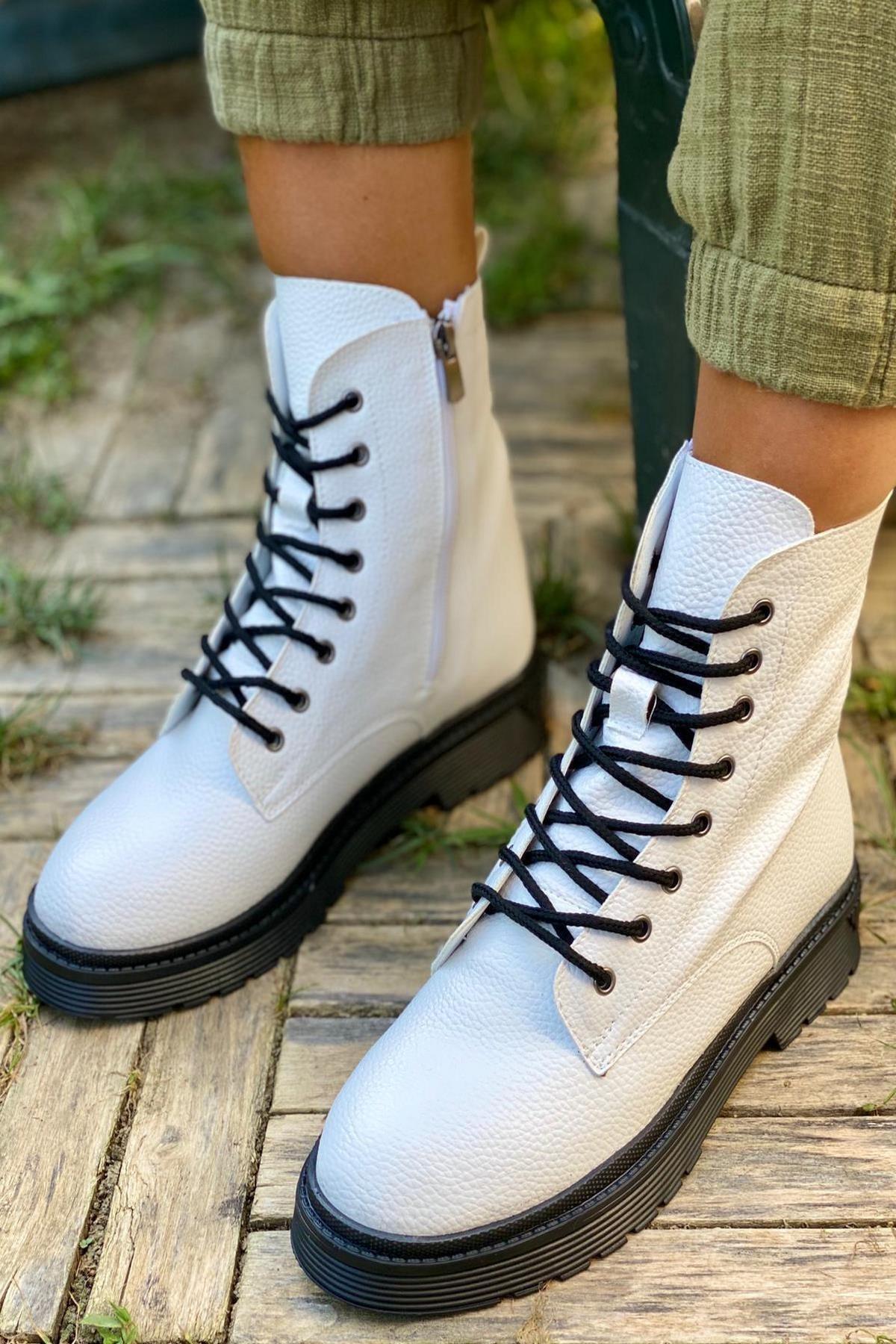 İnan Ayakkabı KADIN FLOTER BEYAZ BOT&BOOTİE&POSTAL KY3040 1