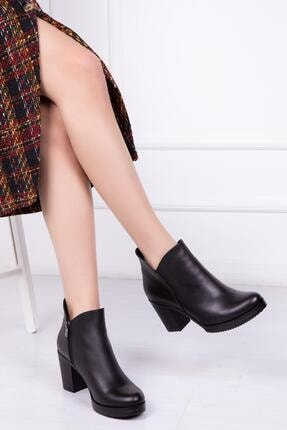 Deripabuc Hakiki Deri Siyah Kadın Topuklu Deri Bot Trc-3774