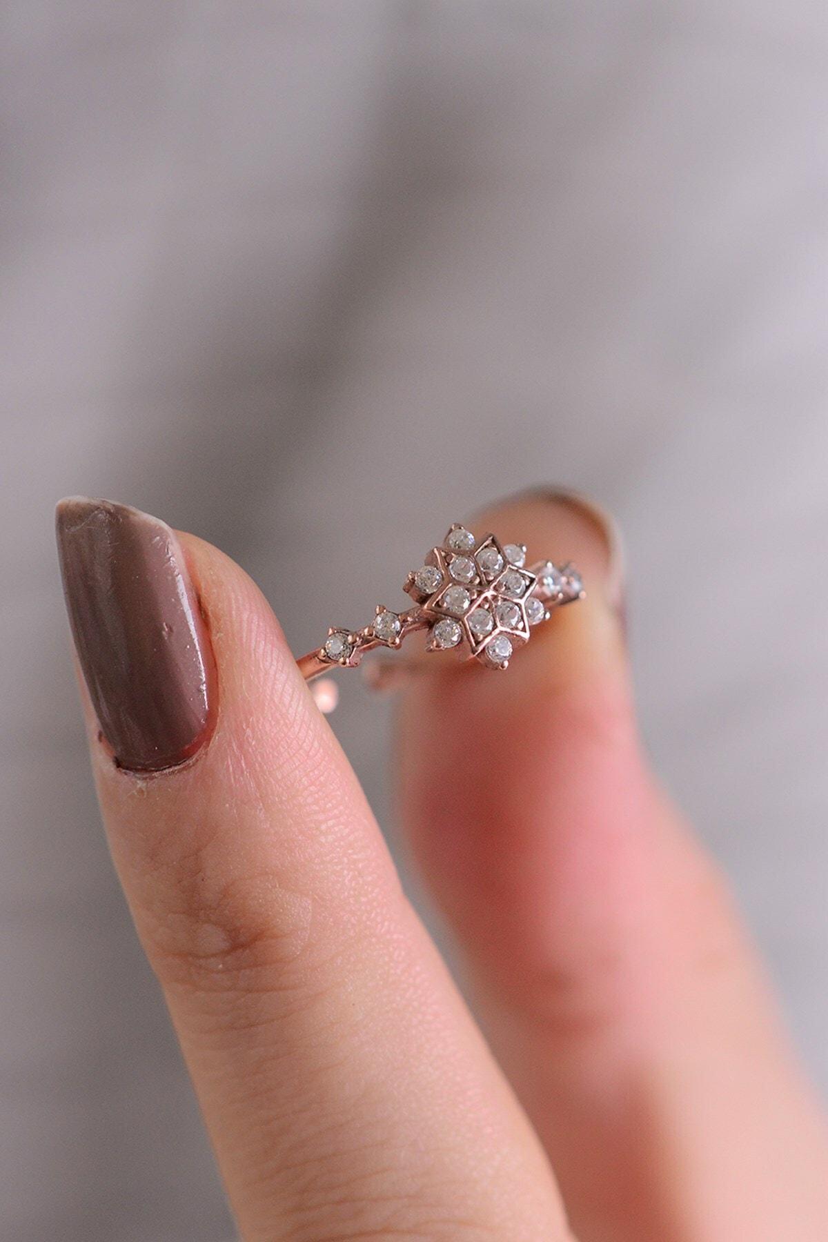 PETRİKOR Kristal Kar Tanesi Motifli Ayarlanabilir Kadın 14 K Altın Kaplama Yüzük 1