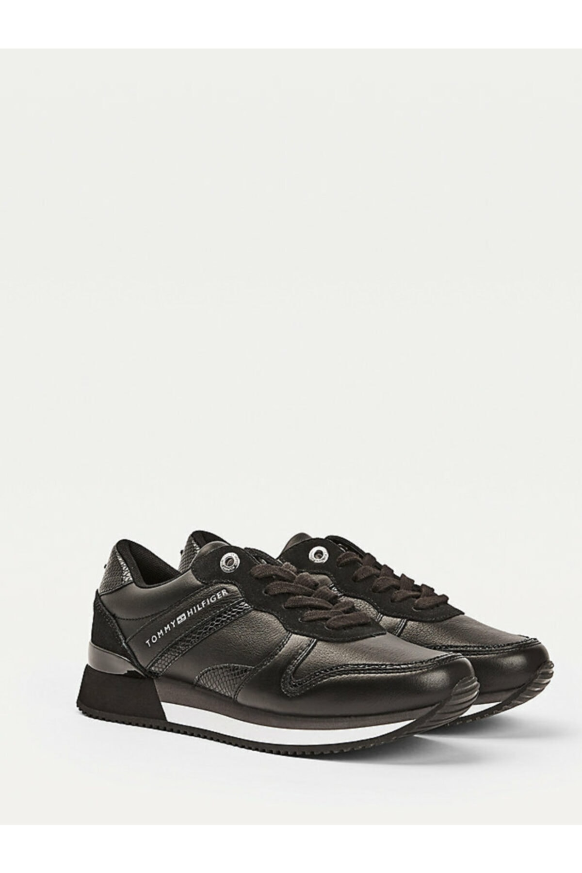 Tommy Hilfiger Kadın Siyah Sneaker Corporate Femınıne Cıty Sneaker FW0FW05233 1