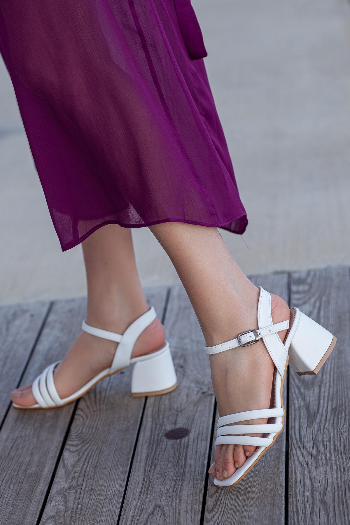 Daxtors D2180 Kadın Klasik Topuklu Ayakkabı 1