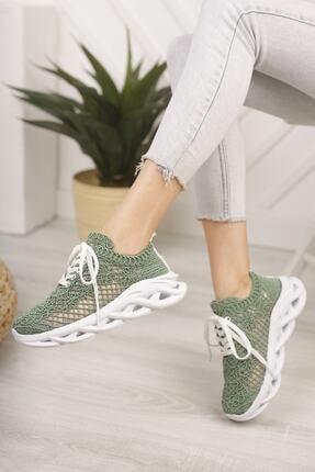 Beyond Kadın Yeşil Dantel Bağcıklı Yumuşak Taban Sneaker