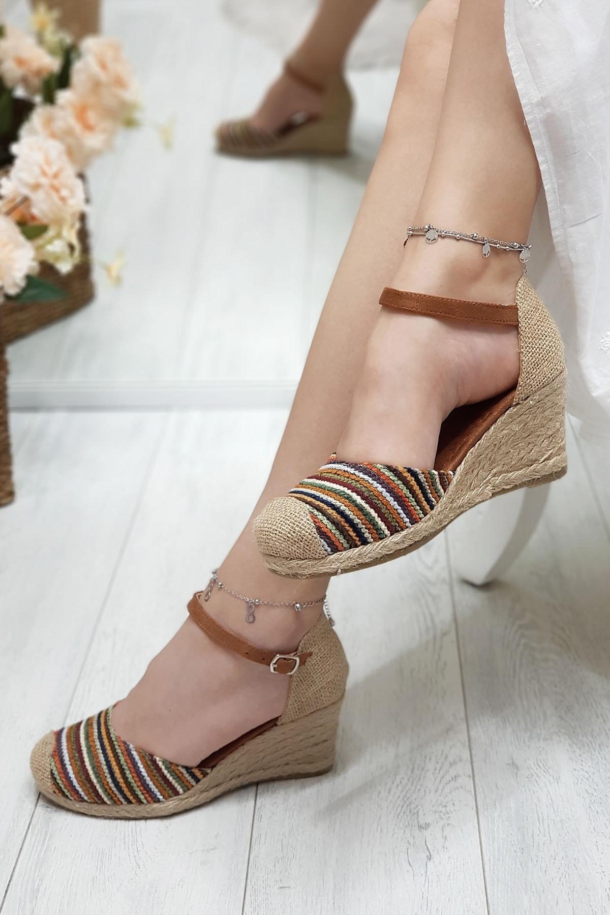 Metin Taka Julian Renkli, Hasır Dolgu Kadın Ayakkabısı 1