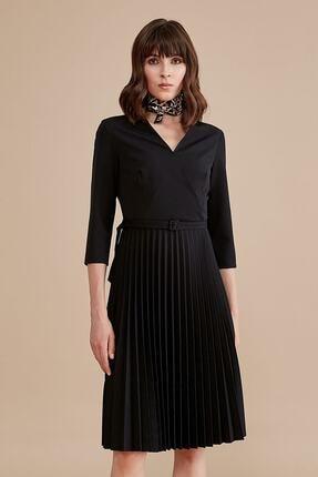Journey Kadın Siyah Ön Kruvaze Görünümlü Belden Kemer Detaylı Pilise Truvakar Kol Elbise 19KELB027