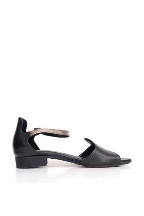 BUENO Shoes Kemerli Hakiki Deri Kadın Düz Sandalet 9n5114