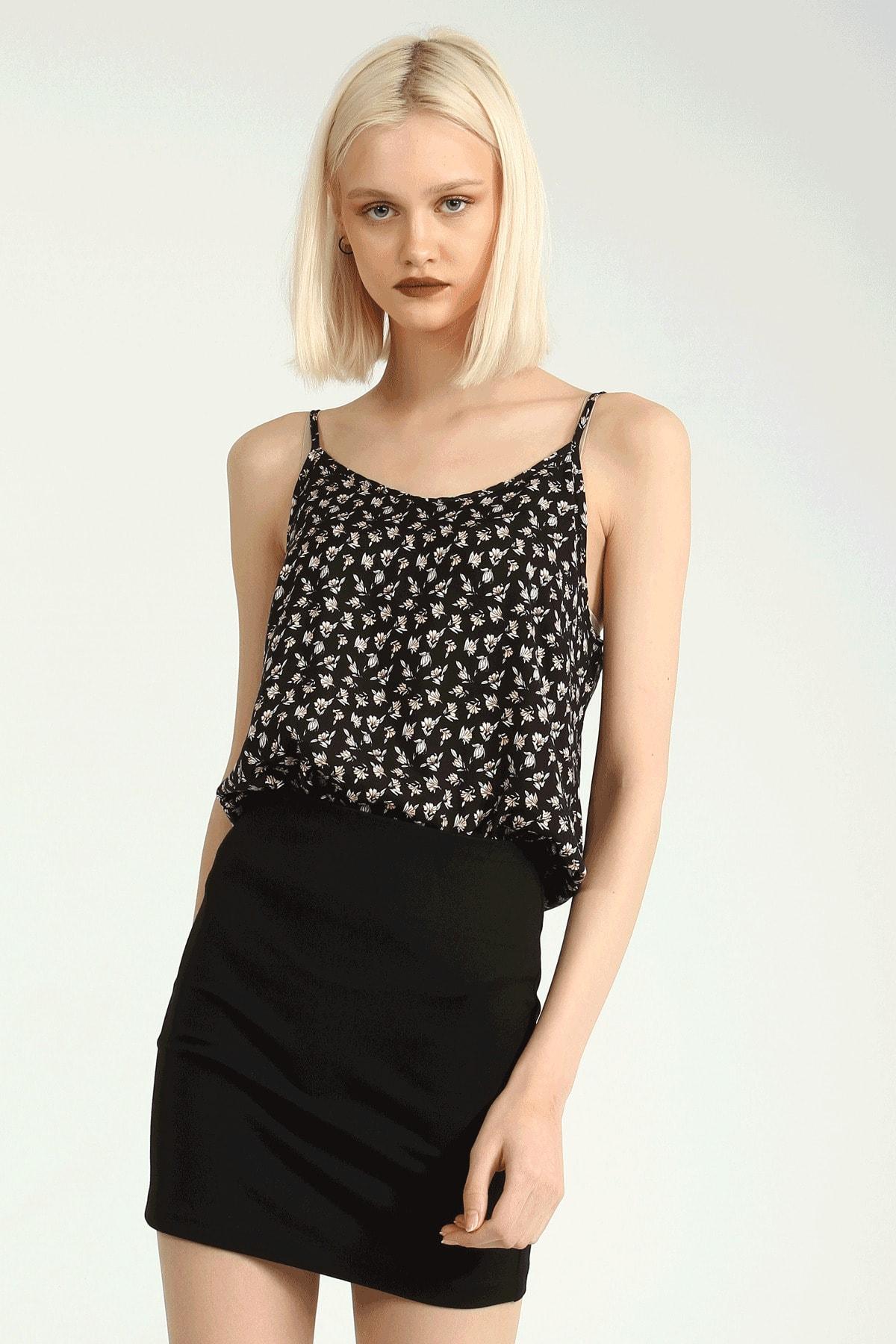Collezione Siyah Çiçek Desenli Askılı Kadın Bluz 2
