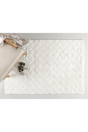 English Home Rabbit Polyester Kaydırmaz Taban Post Halı 120x180 Cm Beyaz
