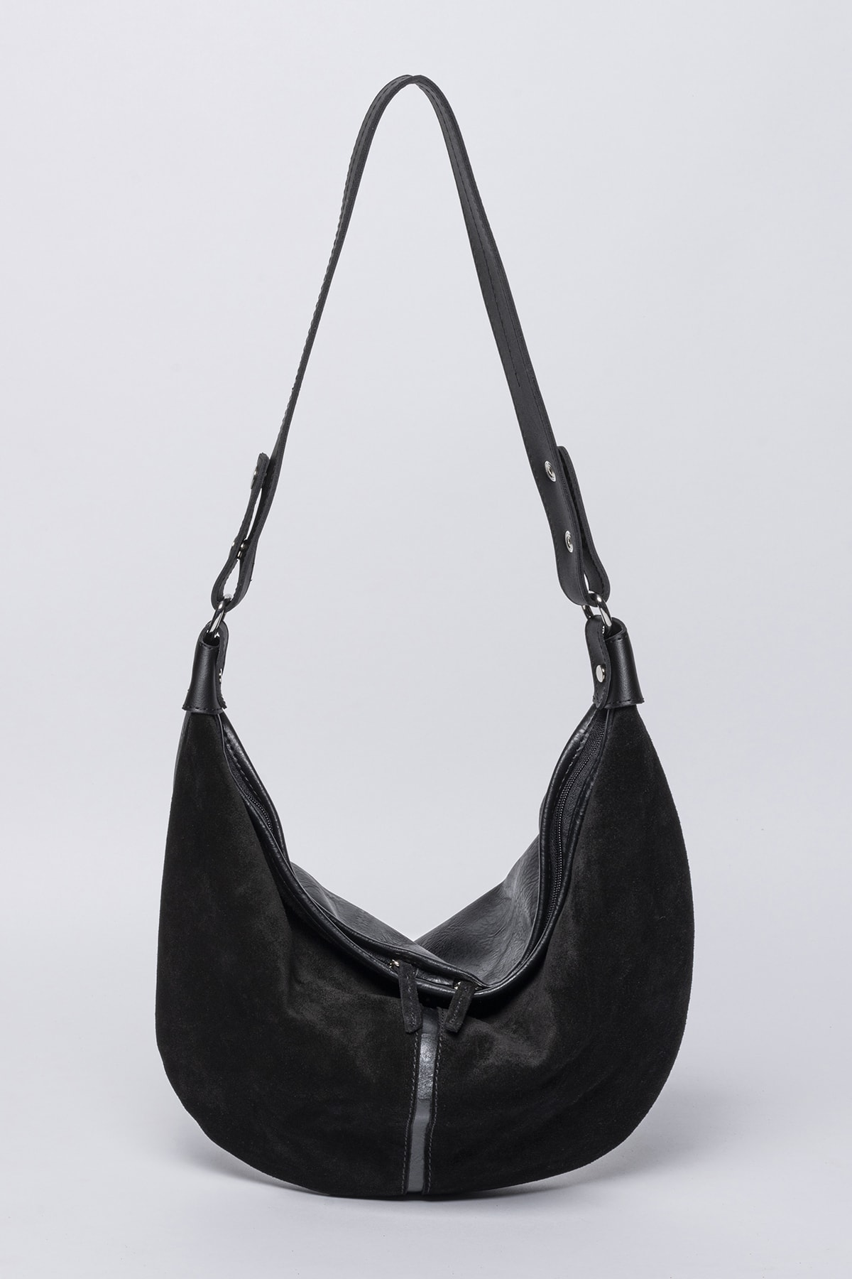 Jacquline Aeson Body Bag 2