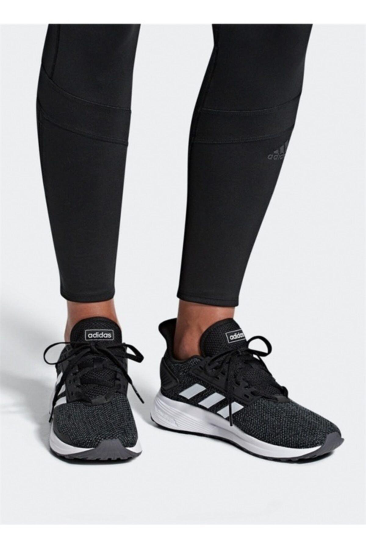 adidas DURAMO 9 Siyah Kadın Koşu Ayakkabısı 100482032 1