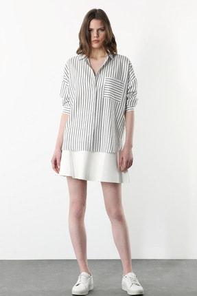 Network Kadın Basic Fit Beyaz Gri Çizgili Gömlek 1079521
