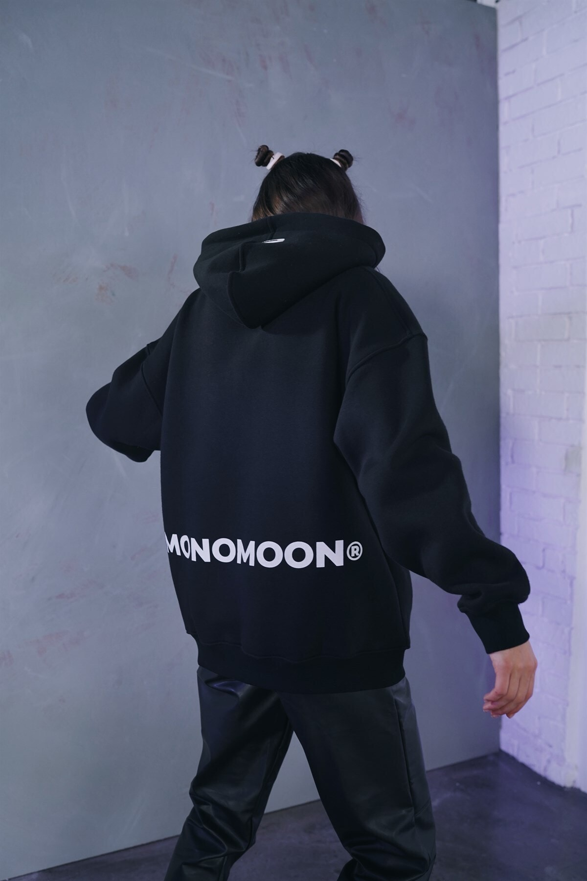 Monomoon Siyah Kapüşonlu Oversize Sweatshirt 2