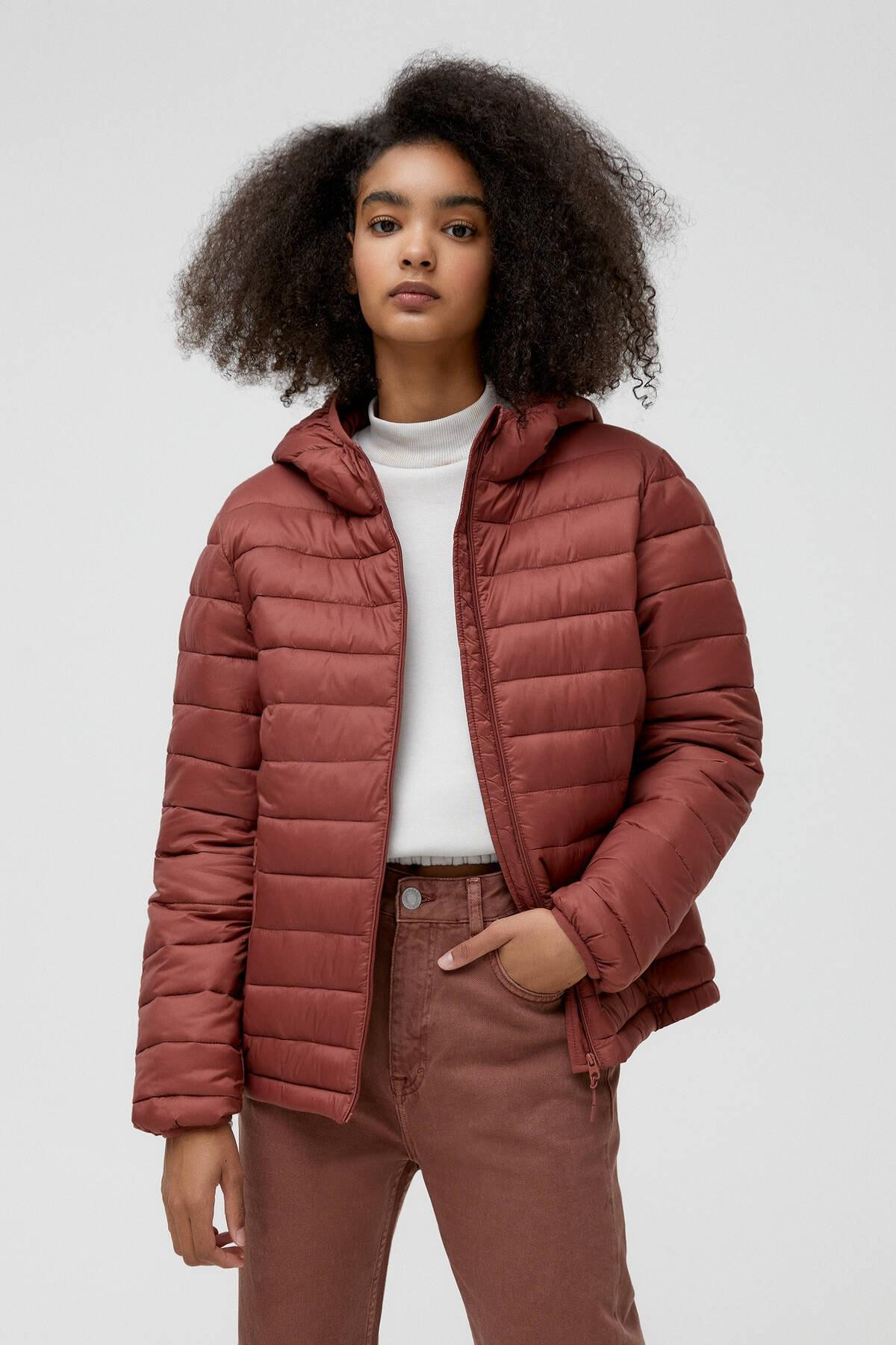 Pull & Bear Kadın Kil Rengi Basic Şişme Mont 09714333