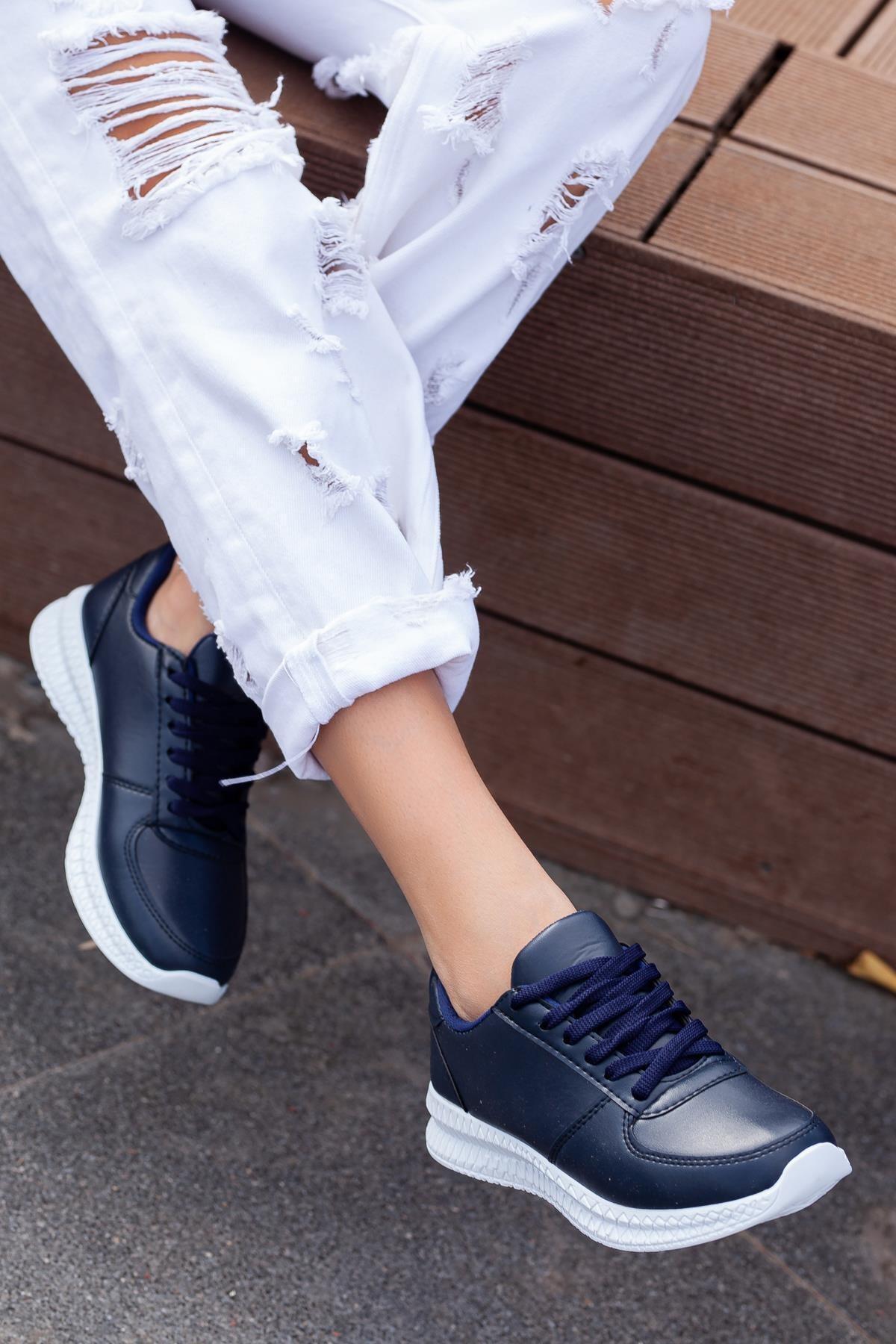 MUGGO Svt13 Unisex Sneaker 1