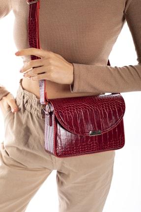 Madamra Aynı Butikte 2. Ürün 1 TL Kırmızı Kroko Kadın Kapaklı Kutu Çapraz Çanta