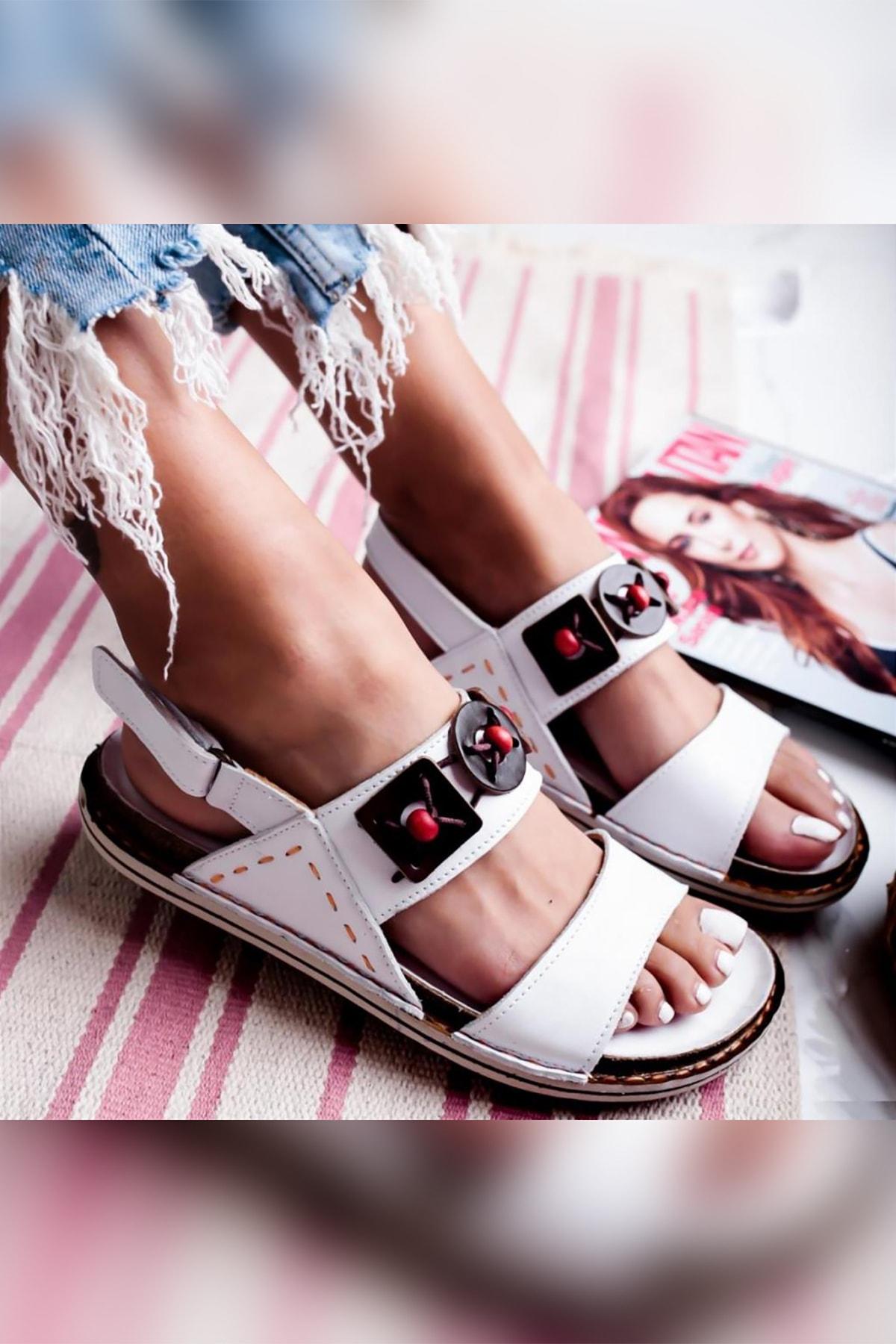 Limoya Hakiki Deri Ellie Beyaz El Saraçlı Comfort Sandalet Arkası Cırtlı 1