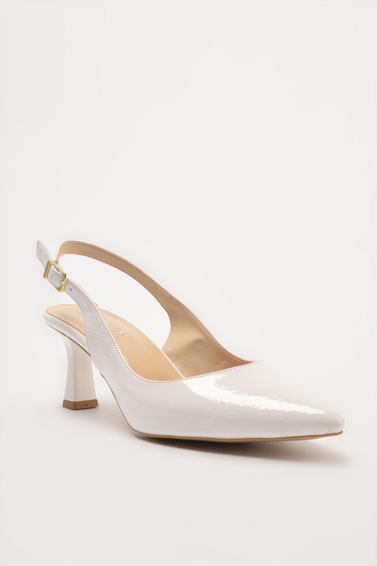 Hotiç Beyaz Kadın Klasik Topuklu Ayakkabı 01AYH214440A900 2