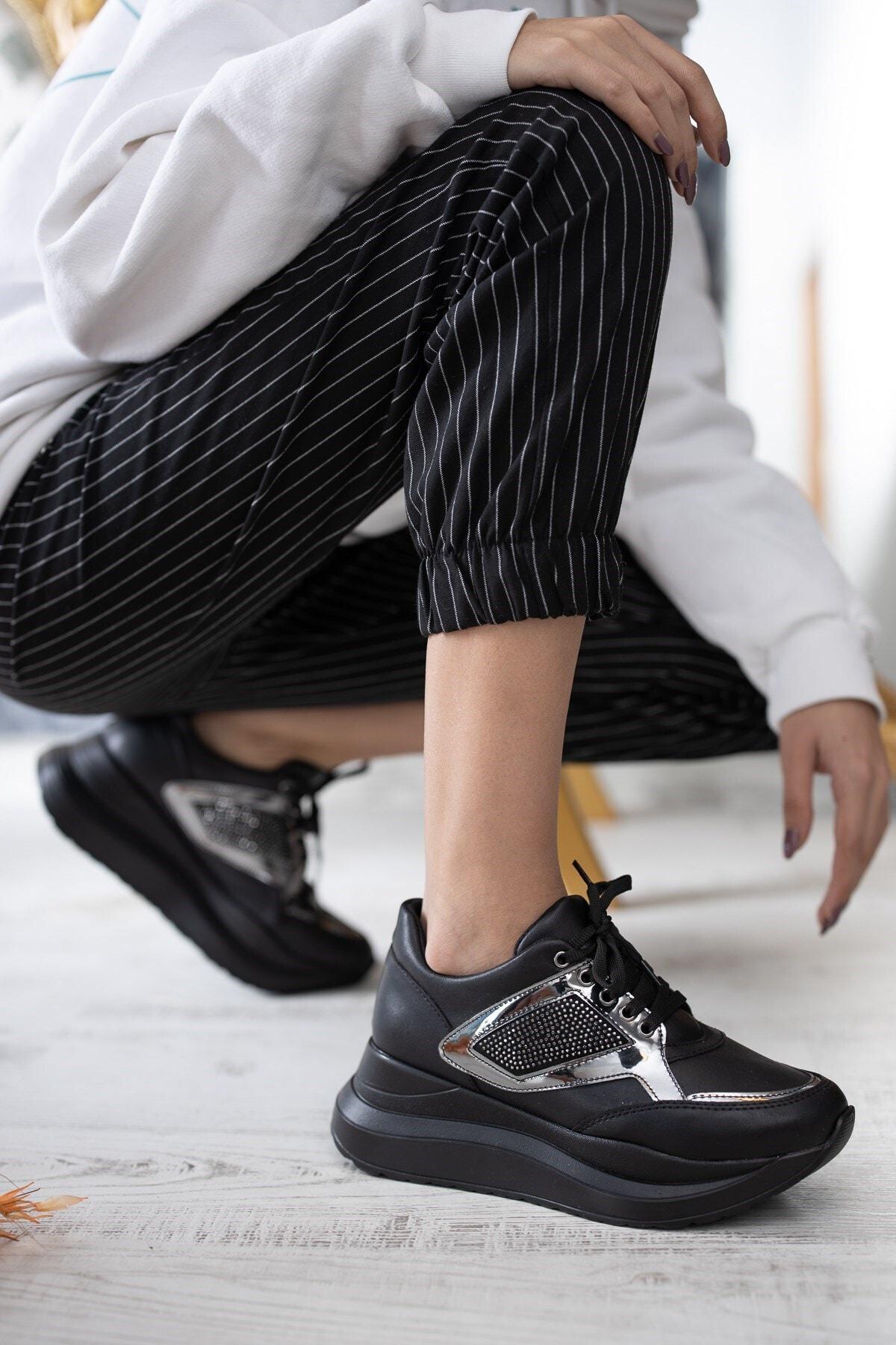 DİVOLYA Kadın Siyah Cilt Karen Kalın Taban Taşlı Günlük Spor Ayakkabı 1