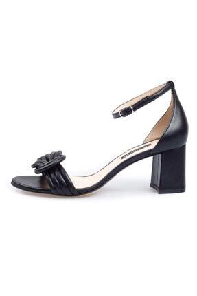 Flower Siyah Deri Sandalet