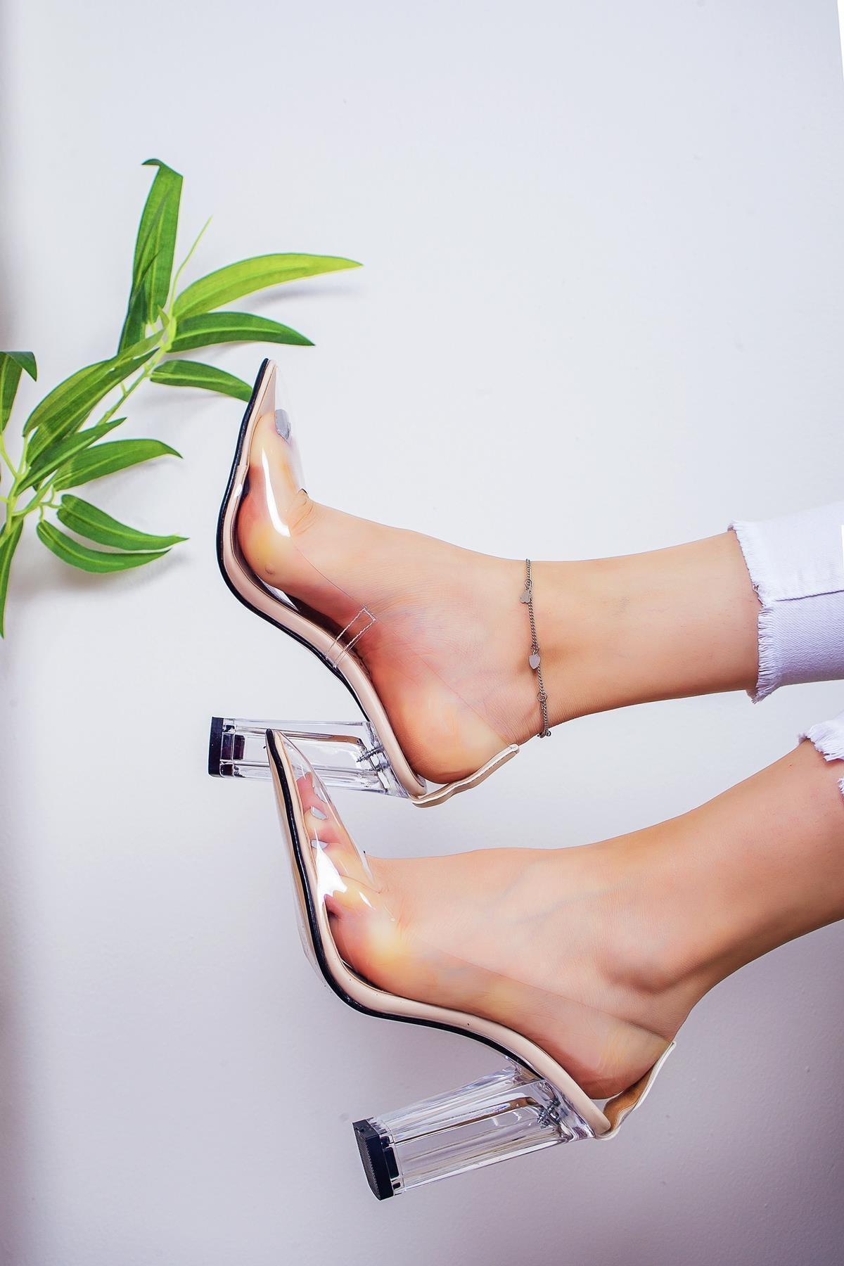 Limoya Kallie Şeffaf Kenarlı Şeffaf Topuklu Stiletto 1