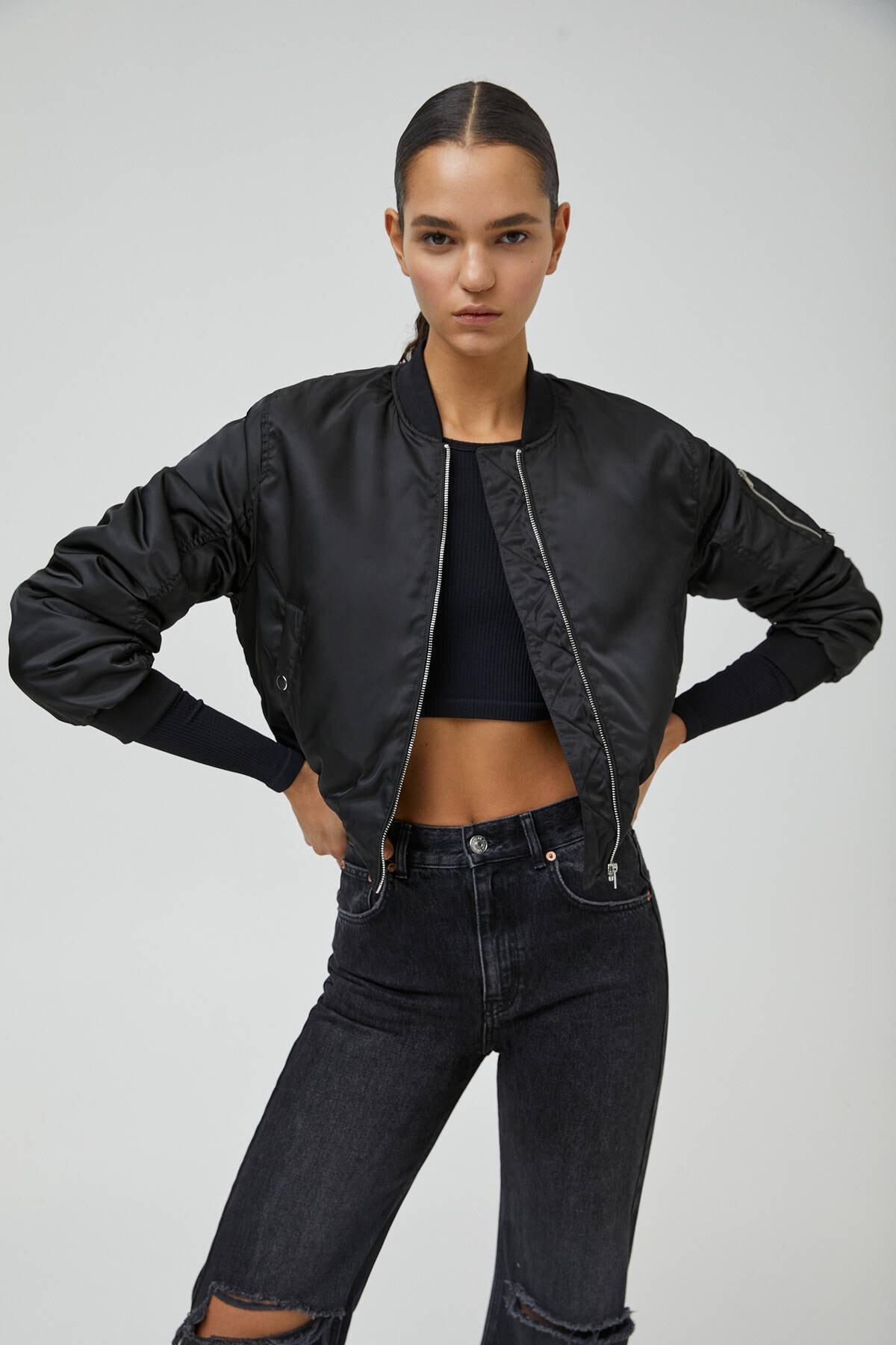 Pull & Bear Kadın Siyah Cepli Basic Bomber Ceket