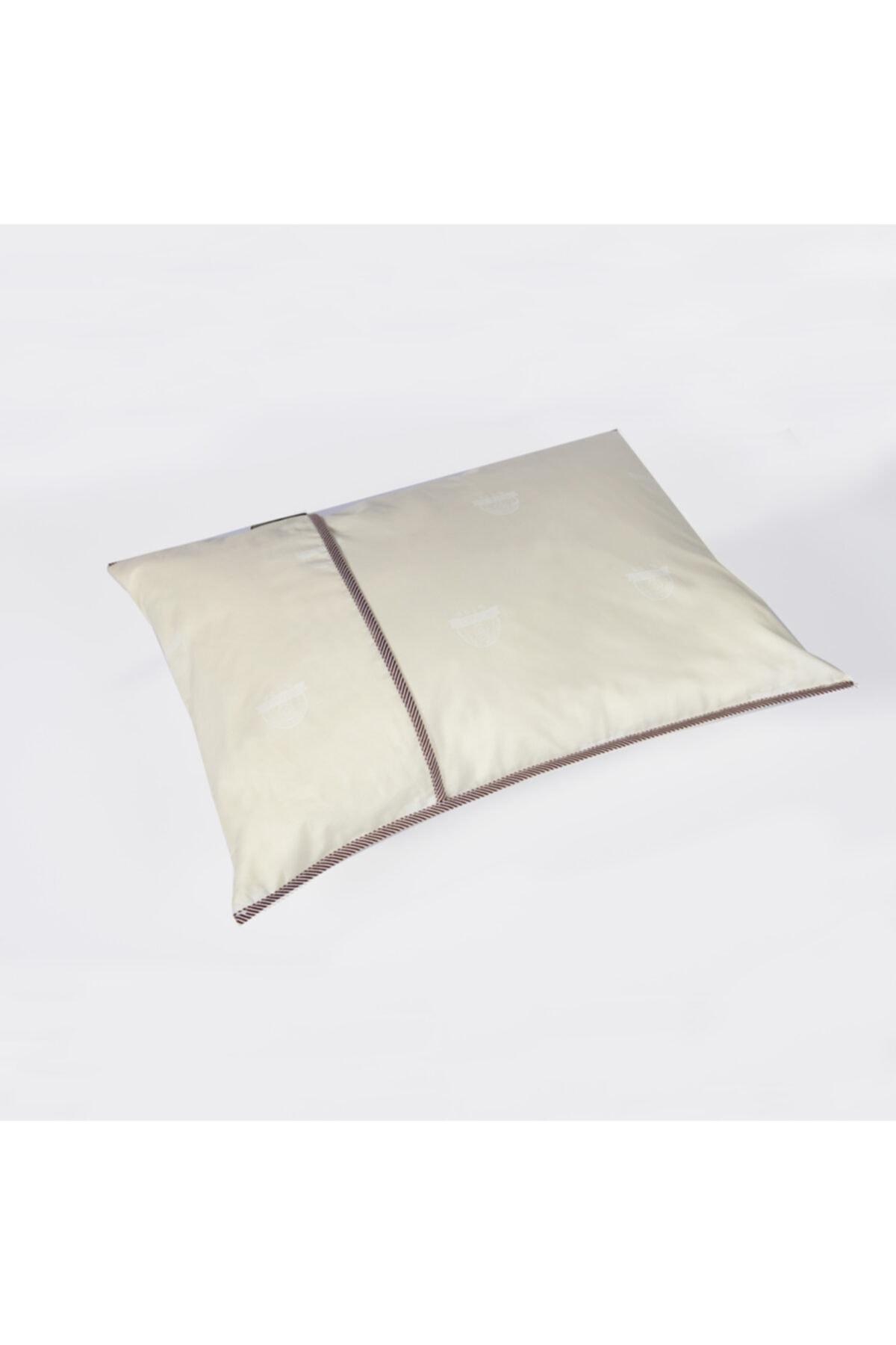 Duvetta Doğal Boncuk Yün Kılıflı Yastık 2