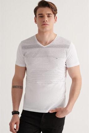 Avva Erkek Beyaz V Yaka Degrade Çizgili T-shirt A11y1106