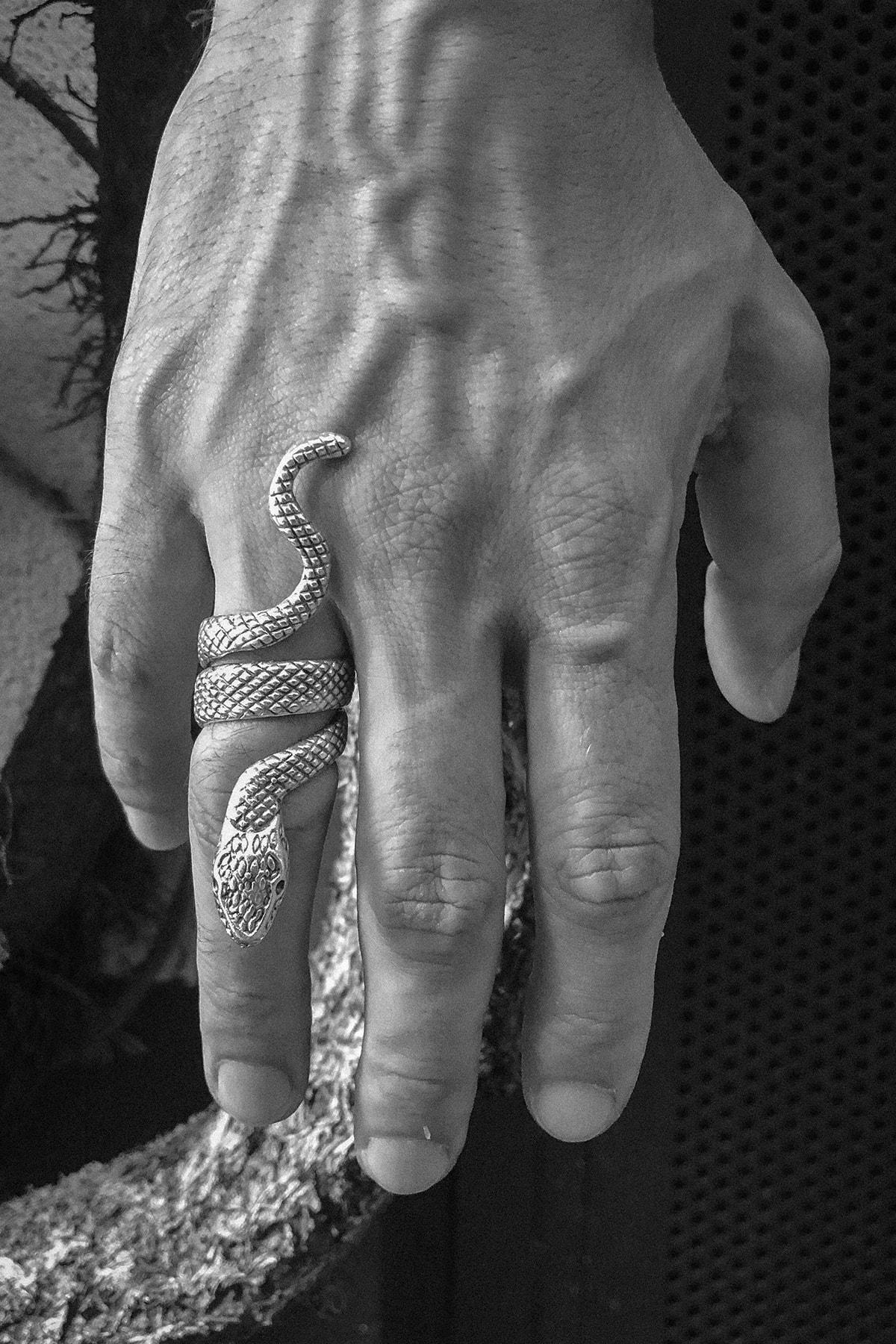 CAPO by Aytaç Yamaç Yılan Figürlü Ayarlanabilir Gümüş Kaplama Erkek Yüzük 1